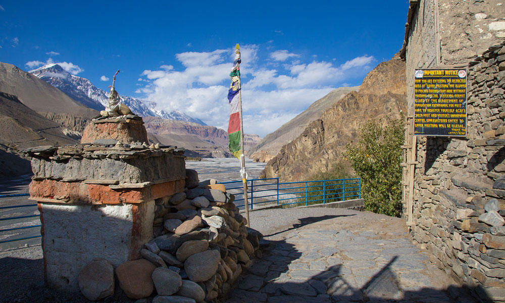 upper mustang trek 10 days