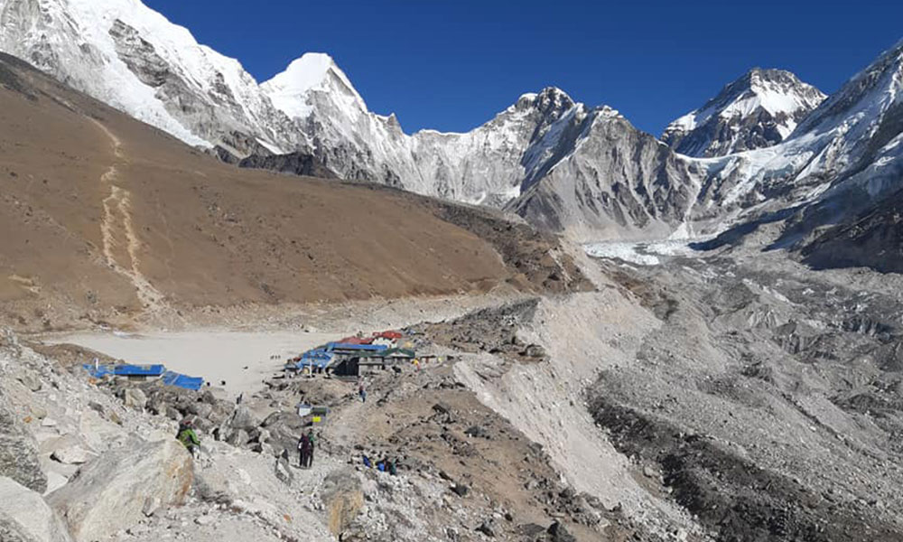 mount everest base camp trek solo