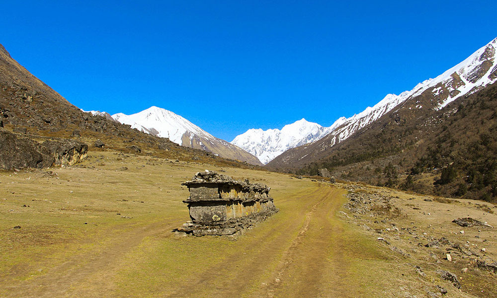 Langtang Valley 11 Days Trek difficulties