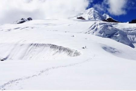 Highest Trekking Peaks for Beginner: Mera Peak Climbing 2019