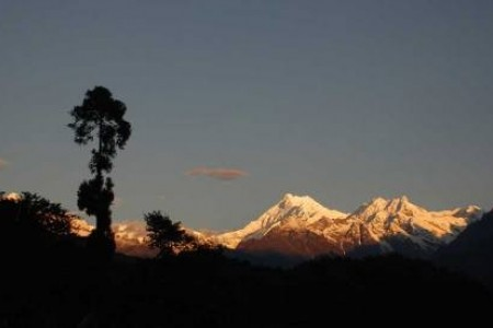 Kanchenjunga Trekking 28 days