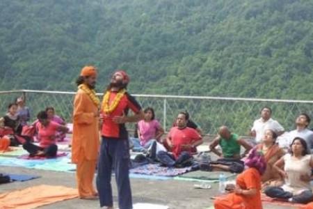 Yoga Trek in Nepal near Kathmandu